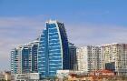 Travelnews.lv ar ekskursiju autobusu apceļo Baku raksturīgākās vietas. Sadarbībā ar Latvijas vēstniecību Azerbaidžānā un tūrisma firmu «RANTUR Travel  3