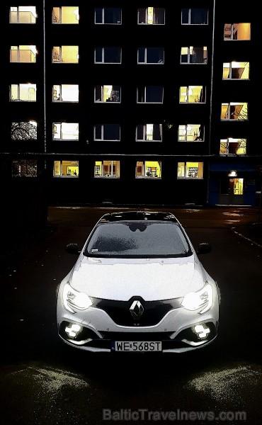 Travelnews.lv apceļo Latgali ar jauno un sportisko «Renault Megane R.S.» ar 280 zirgspēkiem