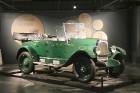 Rīgas Motormuzejs piedāvā izstādi par Latvijas bruņumašīnu no 1918.gada 9