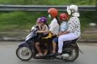Vjetnamas galvenais transporta līdzeklis ir motorollers. Sadarbībā ar 365 brīvdienas un Turkish Airlines 55