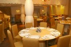 Vecrīgas restorāns «Kaļķu vārti» piedāvā gardēžu vakariņas ar aklo vīna degustāciju 10