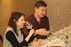 Vecrīgas restorāns «Kaļķu vārti» piedāvā gardēžu vakariņas ar aklo vīna degustāciju 27