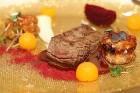 Vecrīgas restorāns «Kaļķu vārti» piedāvā gardēžu vakariņas ar aklo vīna degustāciju 33