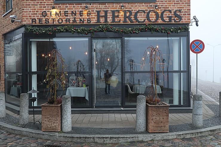 Travelnews.lv izbauda biznesa pusdienas Ķīpsalas ģimenes restorānā «Hercogs»