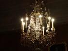 Ziemas laikā Rundāles pilī iespējams izbaudīt intīmu, noslēpumaini valdzinošu gaisotni, īpaši stundās, kad ekspozīciju telpās iemirdzas trauslās un el 27
