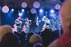 Ar krāšņiem koncertiem, Ziemassvētku vecīti, ponija izjādēm, karuseli, aitu un trušu aploku, meistarklasēm un skaistām dāvanām aizvadīts skaists mēnes 51