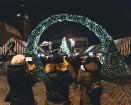 Ar krāšņiem koncertiem, Ziemassvētku vecīti, ponija izjādēm, karuseli, aitu un trušu aploku, meistarklasēm un skaistām dāvanām aizvadīts skaists mēnes 54