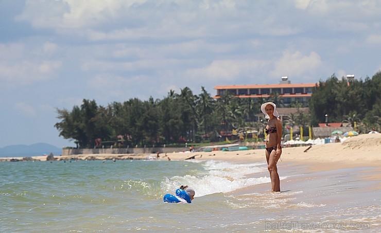 Travelnews.lv iepazīst Vjetnamas viesnīcas «Ocean Star Resort» pludmali  kopā ar 365 brīvdienas un Turkish Airlines