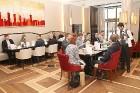 Viesnīcā «Grand Hotel Kempinski Riga»  pie pusdienu galda prezentējas uzņēmums «Moller Baltic Import» 22