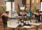 Viesnīcā «Grand Hotel Kempinski Riga»  pie pusdienu galda prezentējas uzņēmums «Moller Baltic Import» 24