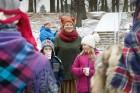 Rembates parkā pie Lielvārdes novada Kultūras centra jau otro gadu tika svinēti Meteņi, lai kopā ieskandinātu pavasari 13