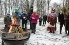 Rembates parkā pie Lielvārdes novada Kultūras centra jau otro gadu tika svinēti Meteņi, lai kopā ieskandinātu pavasari 19