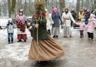 Rembates parkā pie Lielvārdes novada Kultūras centra jau otro gadu tika svinēti Meteņi, lai kopā ieskandinātu pavasari 26