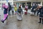 Rembates parkā pie Lielvārdes novada Kultūras centra jau otro gadu tika svinēti Meteņi, lai kopā ieskandinātu pavasari 29