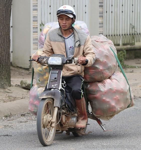 Travelnews.lv iepazīst Vjetnamas pilsētas Dalatas satiksmi. Atbalsta: 365 brīvdienas un Turkish Airlines