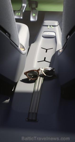 ID. BUGGY ir moderna ikonas interpretācija. Tehnoloģiski advancētais automobilis ar nulle kaitīgo izmešu, kas piemērots vasarai, pludmalei un pilsētai