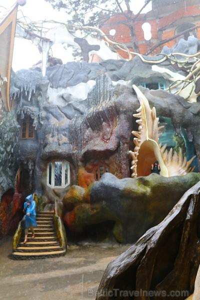 Travelnews.lv apmeklē Dalatas pilsētā savdabīgu «Crazy House». Atbalsta: 365 brīvdienas un Turkish Airlines