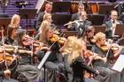 Ar grandiozu Liepājas Simfoniskā orķestra un pasaulslavenā čellista Miša Maiska koncertu atklāts 27. Liepājas Starptautiskais zvaigžņu festivāls 4