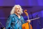 Ar grandiozu Liepājas Simfoniskā orķestra un pasaulslavenā čellista Miša Maiska koncertu atklāts 27. Liepājas Starptautiskais zvaigžņu festivāls 9