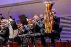 Ar grandiozu Liepājas Simfoniskā orķestra un pasaulslavenā čellista Miša Maiska koncertu atklāts 27. Liepājas Starptautiskais zvaigžņu festivāls 14
