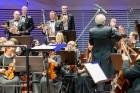 Ar grandiozu Liepājas Simfoniskā orķestra un pasaulslavenā čellista Miša Maiska koncertu atklāts 27. Liepājas Starptautiskais zvaigžņu festivāls 18