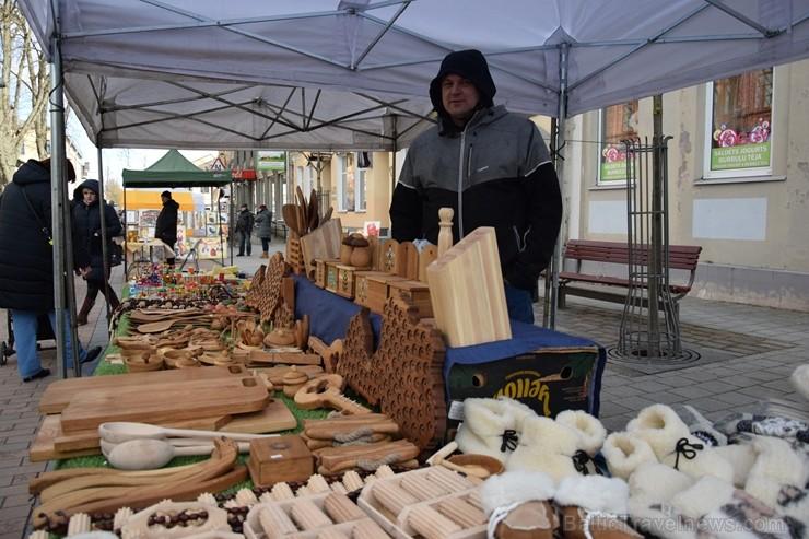 Ik gadu Daugavpilī, ievērojot senas slāvu tradīcijas, plaši un krāšņi tiek atzīmēta Masļeņica jeb ziemas pavadīšanas un pavasara sagaidīšanas svētki