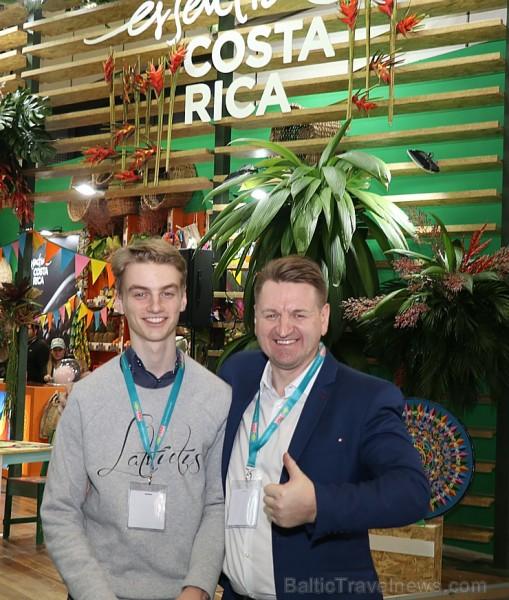 Travelnews.lv ar auto nomas «Sixt Latvija» atbalstu apmeklē pasaulē lielāko tūrisma izstādi «ITB Berlin»