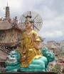 Travelnews.lv iepazīst vjetnamiesu budistu templi Linh-Phuoc-Pagode Dakotā. Atbalsta: 365 brīvdienas un Turkish Airlines 21