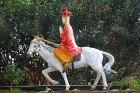 Travelnews.lv iepazīst vjetnamiesu budistu templi Linh-Phuoc-Pagode Dakotā. Atbalsta: 365 brīvdienas un Turkish Airlines 81