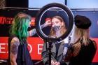 Universālveikalā «Elkor Plaza» uz pavasara skaistuma pasākumu «Expo Beauty Meetup 2019» vienkopus pulcējās vairāk nekā 50 skaistuma industrijas profes 25