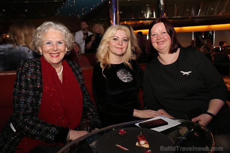 Prāmju kompānija «Tallink Grupp» uz «Romantika» klāja svin 30 gadu jubileju un 13 gadus Latvijā 250683