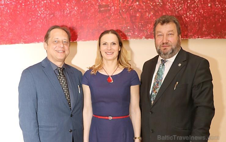 Travelnews.lv apmeklē Latvijas Republikas Saeimu, kur pirmo reizi svin Latgales kongresa dienu