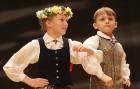 Travelnews.lv izbauda bērnu un jauniešu deju kolektīva «Pīlādzītis» koncertu «Deju karuselis» 70