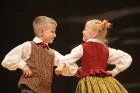 Travelnews.lv izbauda bērnu un jauniešu deju kolektīva «Pīlādzītis» koncertu «Deju karuselis» 79