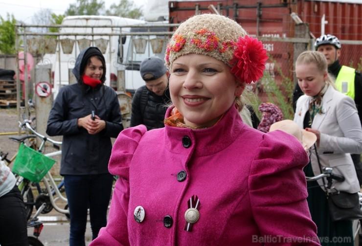 Tvīda brauciens Ogrē 4. maijā kļuvis par neatņemamu Latvijas neatkarības atjaunošanas dienas pasākumu atzīmēšanas daļu un arī šogad lietus un aukstums