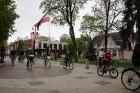 Tvīda brauciens Ogrē 4. maijā kļuvis par neatņemamu Latvijas neatkarības atjaunošanas dienas pasākumu atzīmēšanas daļu un arī šogad lietus un aukstums 14