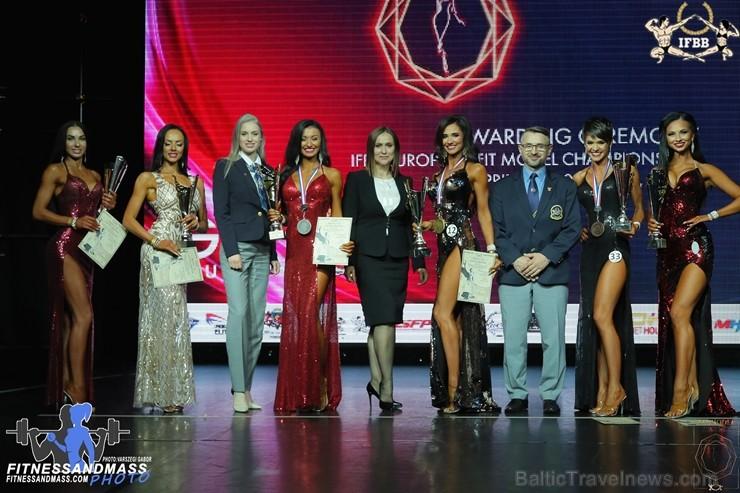 Spānijas pilsētas Santa Susanna norisinājās IFBB Eiropas čempionāts fitnesā un bodibildingā junioriem, pieaugušajiem un veterāniem 2019, kurā triumfēj