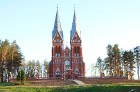 Travelnews.lv iesaka apciemot Viļaku un apskatīt burvīgo neogotikas stila baznīcu 2