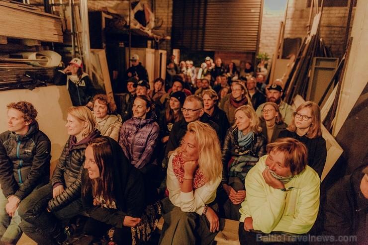 Ar dejām lietū, mīšanos pa sauli un dokumentālo filmu skatīšanos Valmierā  aizvadīts neparasts nedēļas nogales piedzīvojums - festivāls Kino Pedālis