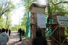 Preiļi top skaistāki - ar izzinošu stāstījumu pilsētas parkā noritējuši noslēdzošie darbi pie vārtu stabu apmetuma atjaunošanas, gruntēšanas un krāsoš 10