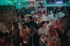 Restorānā Aqua Luna restaurant & bar ar karstasinīgu ballīti atklāj vasaras sezonu 54