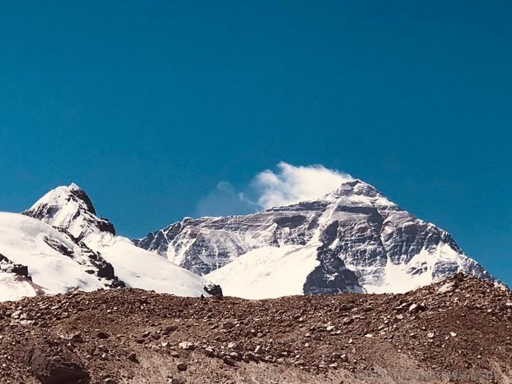 Tūroperatora Alida Tūrs valdes priekšsēdētājs Arno Ter-Saakovs piepildījis savu sapni un sasniedzis pasaules augstāko virsotni Everestu