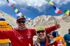 Tūroperatora Alida Tūrs valdes priekšsēdētājs Arno Ter-Saakovs piepildījis savu sapni un sasniedzis pasaules augstāko virsotni Everestu 1