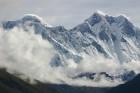 Tūroperatora Alida Tūrs valdes priekšsēdētājs Arno Ter-Saakovs piepildījis savu sapni un sasniedzis pasaules augstāko virsotni Everestu 8