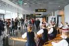 Rīgā 24.05.2019 pirmo reizi ierodas tūristi no Dienvidkorejas ar tiešo «Korean Air» čarterlidojumu 13