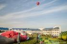 Festivāla laikā virs Kuldīgas krāšņi pacēlās vairākas gaisa balonu ekipāžas un priecēja kuplo apmeklētaju pulku 18