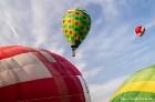 Festivāla laikā virs Kuldīgas krāšņi pacēlās vairākas gaisa balonu ekipāžas un priecēja kuplo apmeklētaju pulku 20