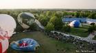 Festivāla laikā virs Kuldīgas krāšņi pacēlās vairākas gaisa balonu ekipāžas un priecēja kuplo apmeklētaju pulku 22