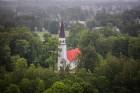 Visu Siguldas pilsētas svētku garumā siguldieši un pilsētas viesi baudīja krāšņu mākoņu kuģu rīta un vakara lidojumus 22