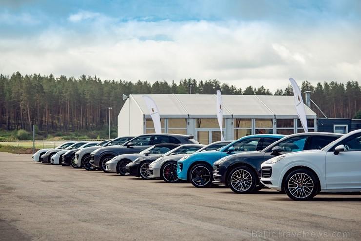 «Porsche Road Tour 2019» pasākumā Travelnews.lv brauc ar 10 dažādiem spēkratiem